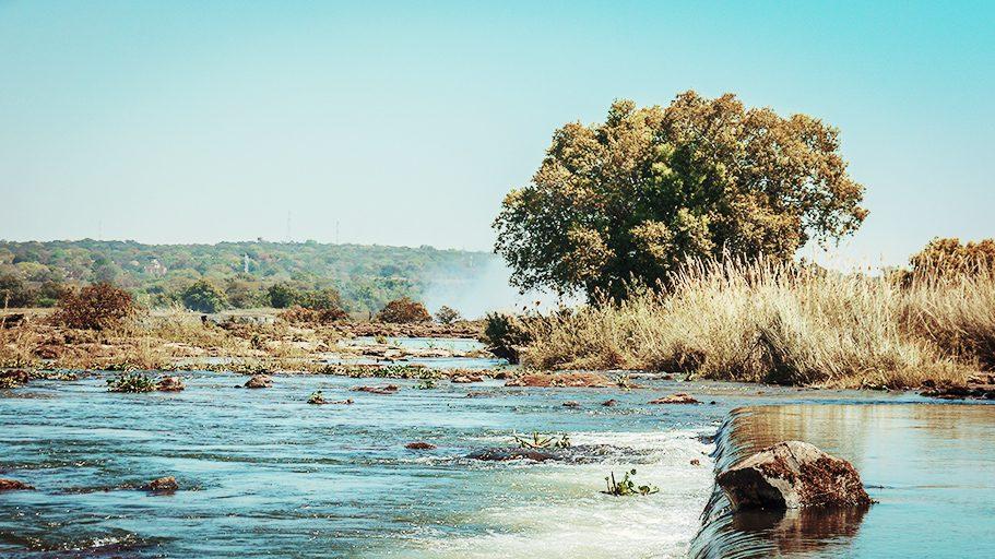 Victoria-Falls-16