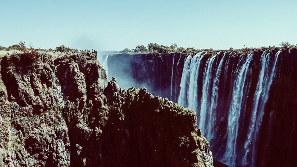 Victoria-Falls-5