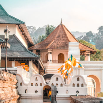 Looking for reasons to visit Sri Lanka? Its colorful ancient temples and cultural heritage are just one of the many reasons you'll fall in love with the country!