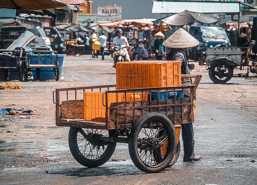 La Gi fishing market in Vietnam
