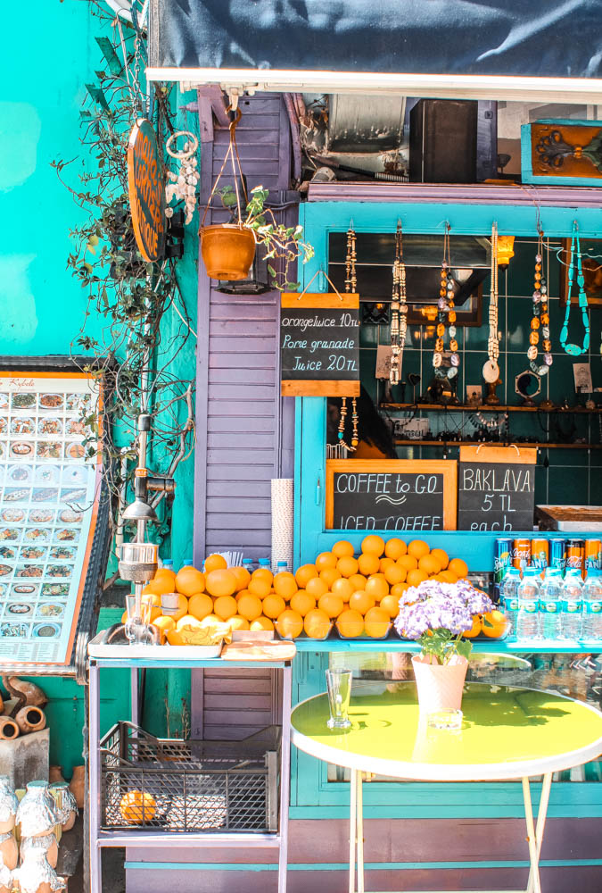 Planning to visit Istanbul, Turkey and looking for unique things to do and instagrammable spots? This is Maya's Corner, a quirky café in the center of Istanbul