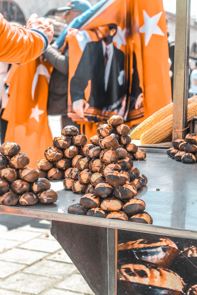 Things to do in Istanbul: Try roasted chestnuts!