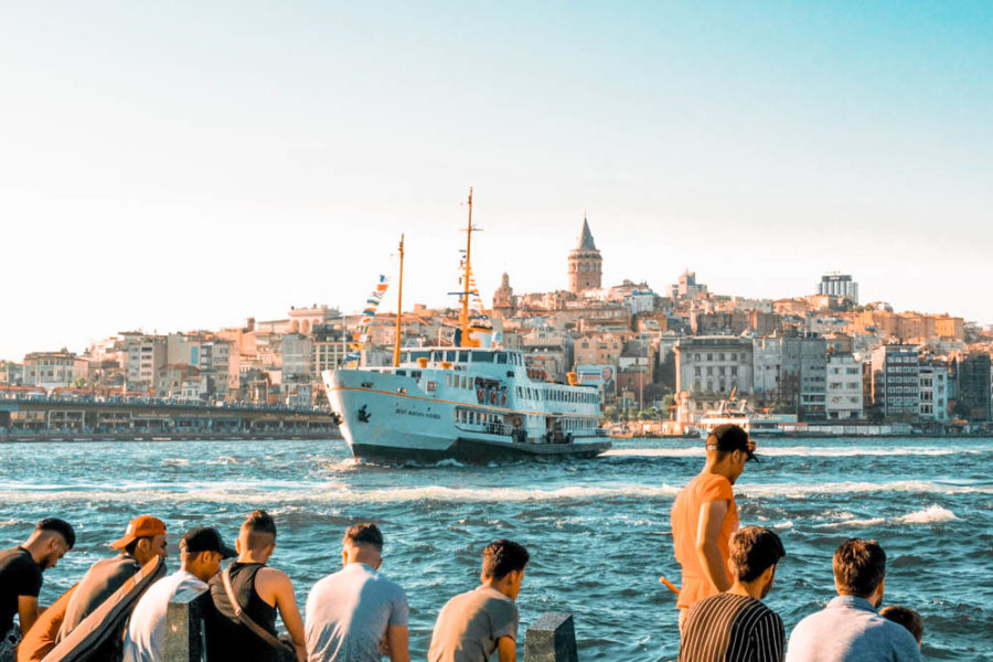 Taking a ferry accross the Bosphorus river is one of the best things to do in Istanbul