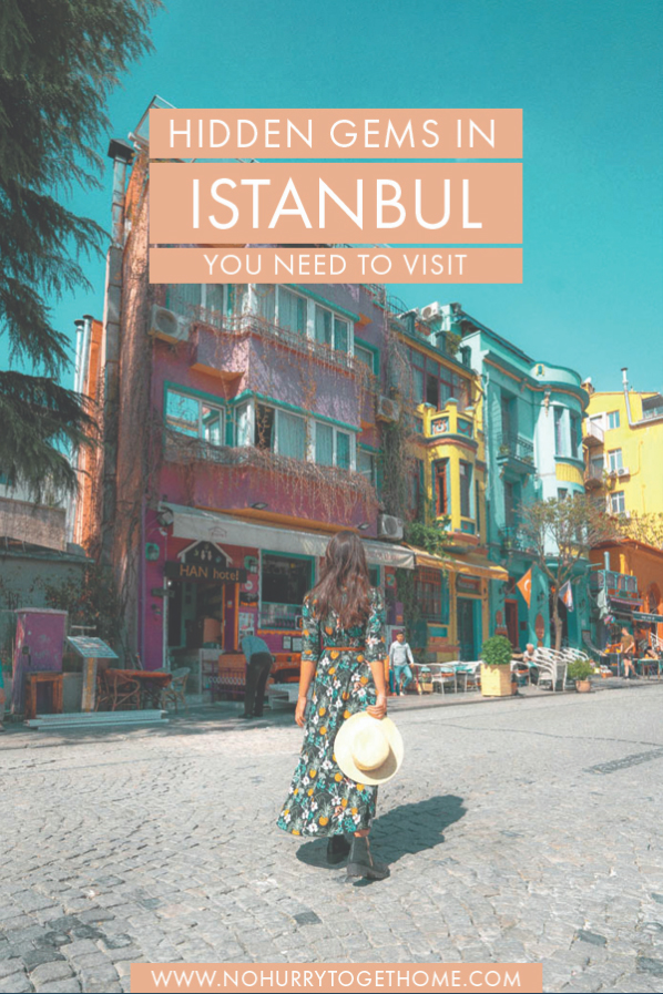 Planning a trip to Istanbul and looking for the best things to do in Istanbul? While the tourist attractions in the city abound, there are also some hidden gems and lesser-known things to do in Istanbul that you should include in your itinerary! Think cute cafés, hipster neighborhoods, and colorful buildings