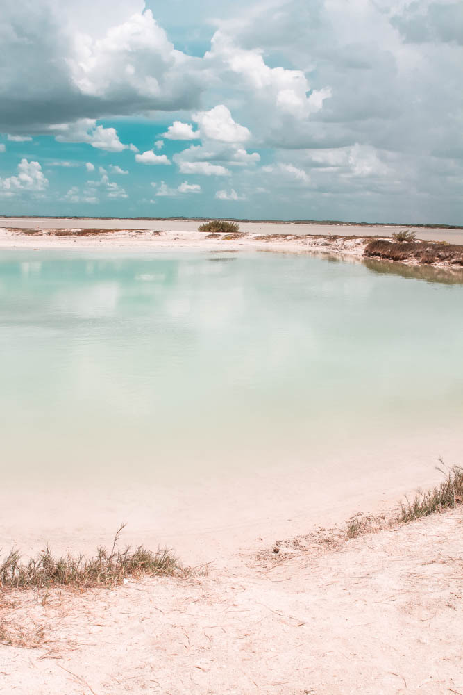 Las Coloradas aren't just pink - there are also turqouise lakes in the area!