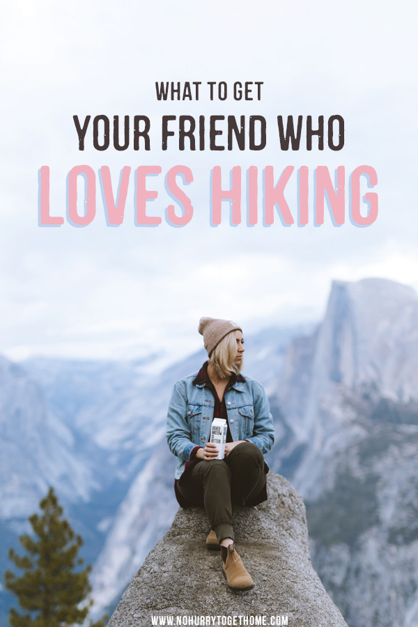 Wondering what gift to get your friend who loves hiking? Whether she loves national parks or going on long hikes through the forest, this gift guide for hikers and outdoors people has a few great ideas for presents that are useful, light to carry, and super cool! #Hiking
