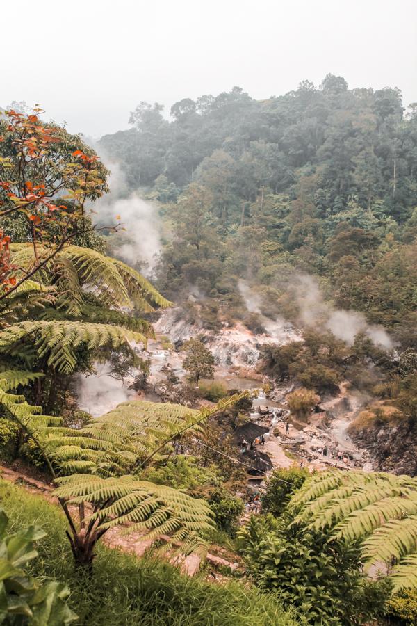 Kawah Rengganis hot springs in Bandung